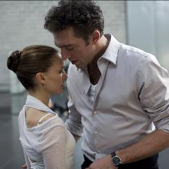 Natalie Portman stars with Vincent Cassel as a ballerina in Black Swan, a film from The Wrestler director Darren Aronofsky.