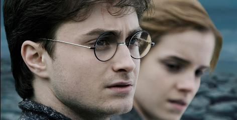 Daniel Radcliffe and Emma Watson reprise their roles as Harry and Hermione in Harry Potter and the Deathly Hallows, Part 1.