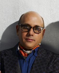 He lives! Willie Garson as Mozzie from White Collar.