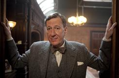 Geoffrey Rush plays Lionel Logue, an Australian speech therapist who worked with King George VI to overcome his stammer on the eve of World War II.