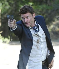 David Boreanaz: Stuck in Bones love triangle.
