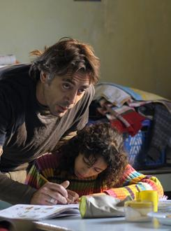 Javier Bardem stars as Uxbal, a man who has terminal cancer but who lives for his children, son Mateo and daughter Ana (Hanaa Bouchaib). In these conditions, Uxbal also can commune with people who have died recently.