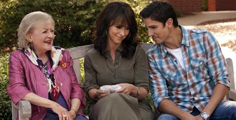 Jennifer Love Hewitt and Betty White star in 'The Lost Valentine,' to be broadcast Sunday, Jan. 30.