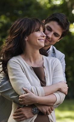 Viewers love Valentine: Jennifer Love Hewitt and Sean Faris.