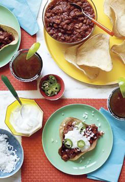 It's hearty. It's healthful. It's Martha Stewart's spicy-rich turkey chili.