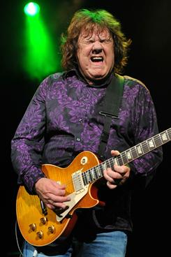 Former Thin Lizzy guitarist Gary Moore died Sunday. He was 58.