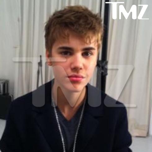 justin bieber kl 2011. Biebers at ieber concert