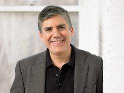 Rick Riordan has been named author of the year by the Children's Choice Book Awards.