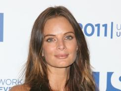 Gabrielle Anwar plays a famous violinist with a bad sense of timing.
