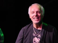 We love your way: Peter Frampton is marking the 35th anniversary of Frampton Comes Alive! with a tour that re-creates the album's set list.  /cutline>