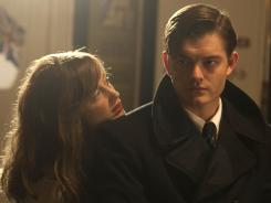 Rose (Andrea Riseborough) and Pinkie (Sam Riley) become involved after a murder in the British resort town.