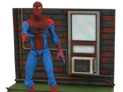 Diamond Select Toys unveils its Spider-Man movie figure this weekend at New York Comic-Con.