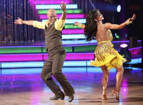 J.R. Martinez grabs 'Dancing' title – USATODAY.