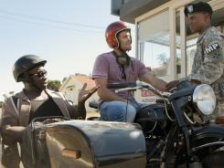 Geoff Stults, center, is Walter Sherman, an eccentric former soldier with a gift for tracking down missing people and objects. Michael Clarke Duncan rides shotgun as Leo Knox, a lawyer, bodyguard and pal.