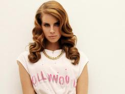 Lana Del Rey's new album 'Born to Die' has solid flourishes but fails to live up to its hype.