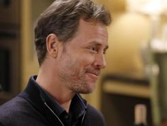 Greg Kinnear guest stars on 'Modern Family' as Phil's business partner who needs to learn about boundaries.