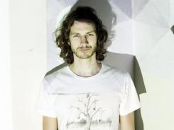 "Gotye says U.S. debut 'Making Mirrors' features plenty of ""peculiar twists."""