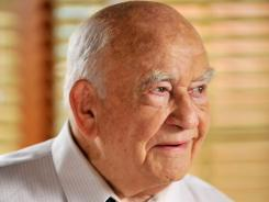 Edward Asner guest-stars as a newsman in The Middle.