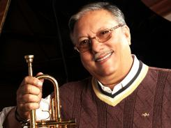 Arturo Sandoval was a big fan of jazz legend Dizzy Gillespie. The two met in 1977 and later played concerts together.