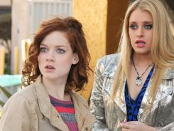 As the people of Chatswin celebrate Mother's Day, Tessa (Jane Levy, left) is reminded that she doesn't have one, and Dalia (Carly Chaikin) leaves hers to travel to Israel.