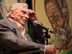 Gore Vidal delivers the keynote presentation during the first session of the annual Key West Literary Seminar in Key West on Jan. 10, 2009.