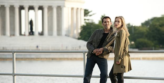 Actor Christopher Gorham tells USA TODAY that it is the real Jefferson Memorial in the background of this 'Covert Affairs' scene with Oded Fehr and Piper Perabo, but the show isn't entirely filmed in D.C.