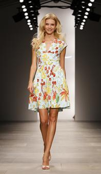 Kaftan Fashion Week 2011 on Fashion Week   Usatoday Com Photos