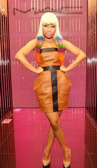 Nicki Minaj добавлена в участники Victoria's Secret Fashion Show.
