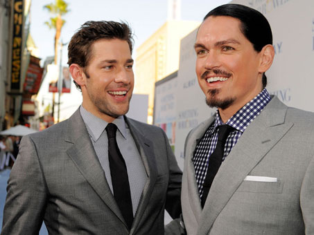 Photo of Steve Howey & his friend  John Krasinski