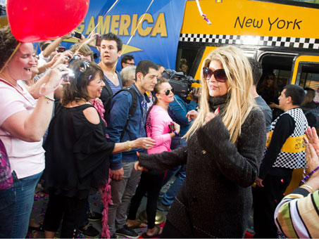 dancing with the stars finalist kirstie alley arrives for an