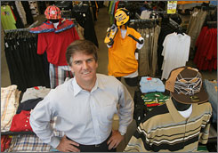 Mike Longo's Memphis company, Shelmar, is the first American retailer to order merchandise from an Iraqi factory.
