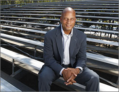 """You've got to want to be like the Rockefellers and leave a legacy,"" former football star Ronnie Lott says."