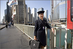 Flight attendant Linda Kay Kempel, in Chicago on her way to catch the train to O'Hare, wants to make more aggressive investments.