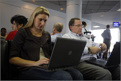 Southwest is making many changes to attract more business travelers including gate remodeling and laptop workstations.