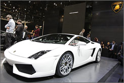 Lamborghini's Gallardo LP560-4 weighs 44 pounds less than the previous model, its carbon emissions have been cut 18%, and miles per gallon have been increased to 17 from 14 last year.