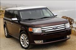 The great-looking Ford Flex gives a pretty smooth ride if you avoid the optional 20-inch wheels.