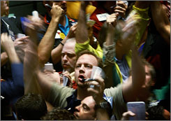 Traders in the S&P 500 stock index futures pit at the Chicago Board of Trade on Friday.