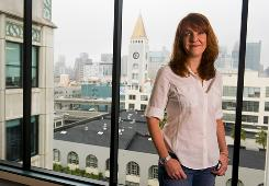 Janine Popick's VerticalResponse, with offices in downtown San Francisco, helps 40,000 small businesses send targeted e-mail marketing campaigns to their customers.
