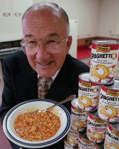 Donald Goerke poses with SpagehettiOs to mark the 30th anniversary of the pasta product in 1995.