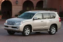 Toyota has suspended worldwide sales of its Lexus GX 460 sport-utility vehicle due to a rollover risk at high-speed.