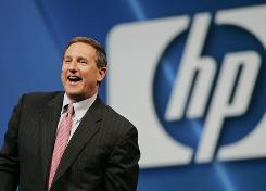 Hewlett-Packard CEO Mark Hurd has decided to resign after a sexual harrasment complaint was investigated.