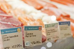Seafood is given a green, yellow or red rating. A green rating indicates the species is relatively abundant and is caught in environmentally friendly ways. A red rating means the oppossite. Yellow is in between.