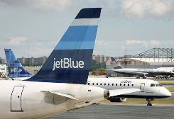JetBlue scored the top spot in USA TODAY's ranking of 12 U.S. airlines for quality and service.