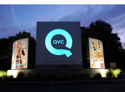 Qvc QVC expands int...