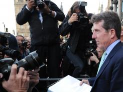 Former Barclays Bank Chief Executive Bob Diamond leaves after giving evidence to the British Treasury Select Committee in London, July 4, 2012.