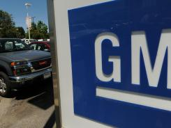 Many salaried retirees at General Motors and Ford Motor have to decided whether to take a lump-sum distribution from their pension plans.