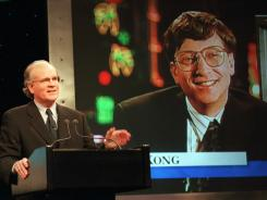 Robert Wright, president of NBC, speaks in New York with Microsoft Chairman Bill Gates, on screen, in 1995, announcing that NBC and Microsoft would form a joint venture.