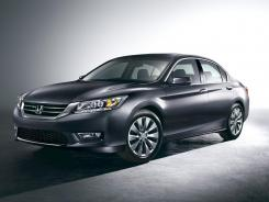 Updated: Honda gives the new Accord upscale touches and new tech.