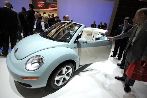 new vw beetle 2012 convertible. A new 2010 Volkswagen Beetle