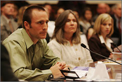 Kevin Tillman testifies as his mother, Mary Tillman, and former Army private Jessica Lynch listen at a House committee hearing on misinformation from the battlefield.